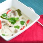 Authentic om Kha Gai (Thai Coconut Chicken Soup)