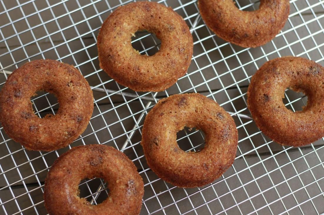 Carrot Cake Donuts (gluten and grain free, paleo) ~ savorylotus