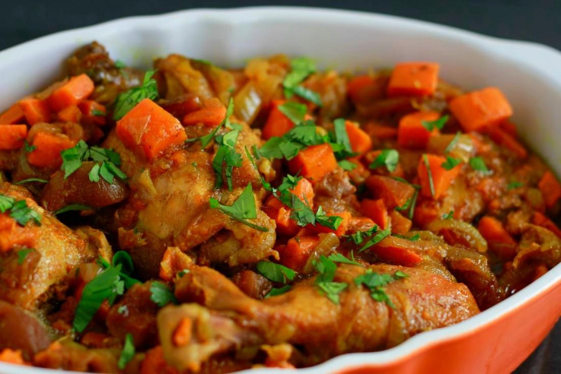 Slow Cooker Moroccan Chicken ~ savorylotus.com