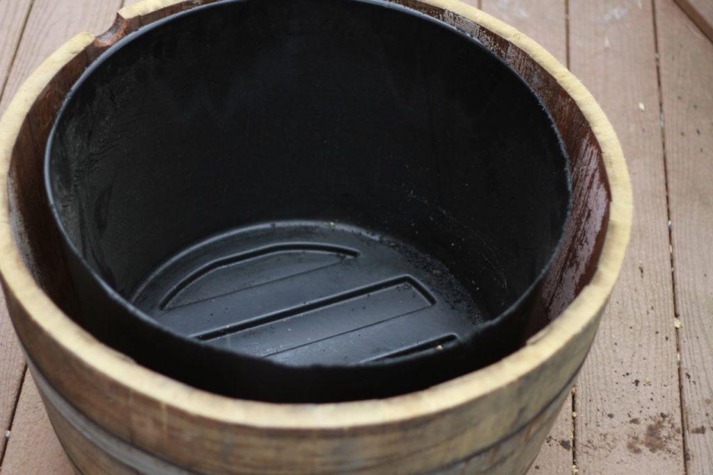 How to Make a Wine Barrel Water Pump .. savorylotus.com