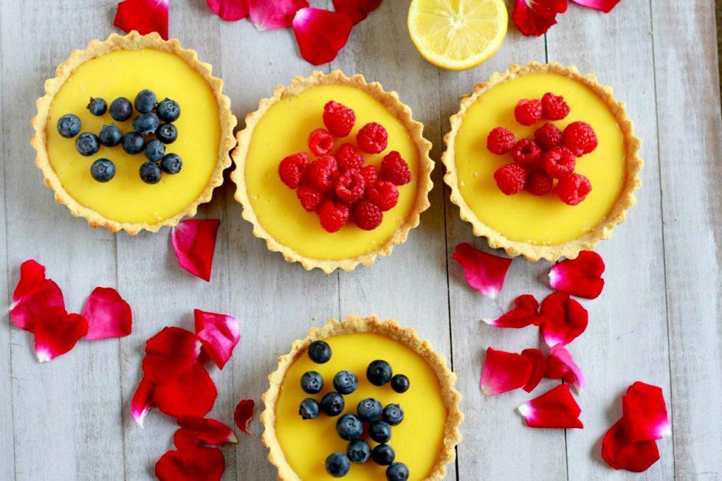 Luscious Lemon Tarts (gluten, grain, and dairy free, paleo) ~~ savorylotus.com