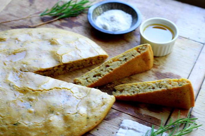 Grain Free Focaccia Bread (nut free, paleo) ~ ~ savorylotus.com