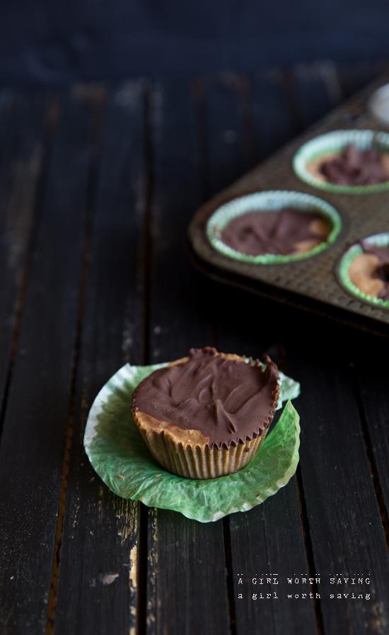 chocolate-almond-butter-freezer-fudge-3