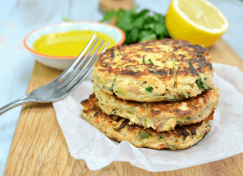Salmon-and-courgette-fritters-3-1024x743-1 (1)