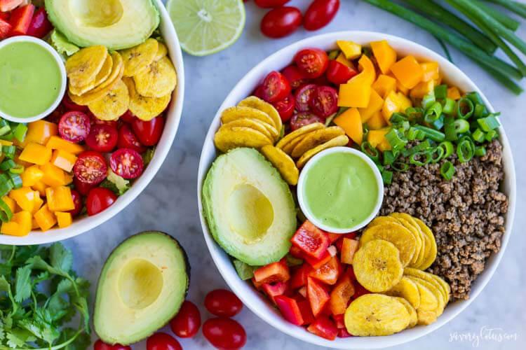Quick and Easy Taco Salad (paleo and Whole30) | www.savorylotus.com