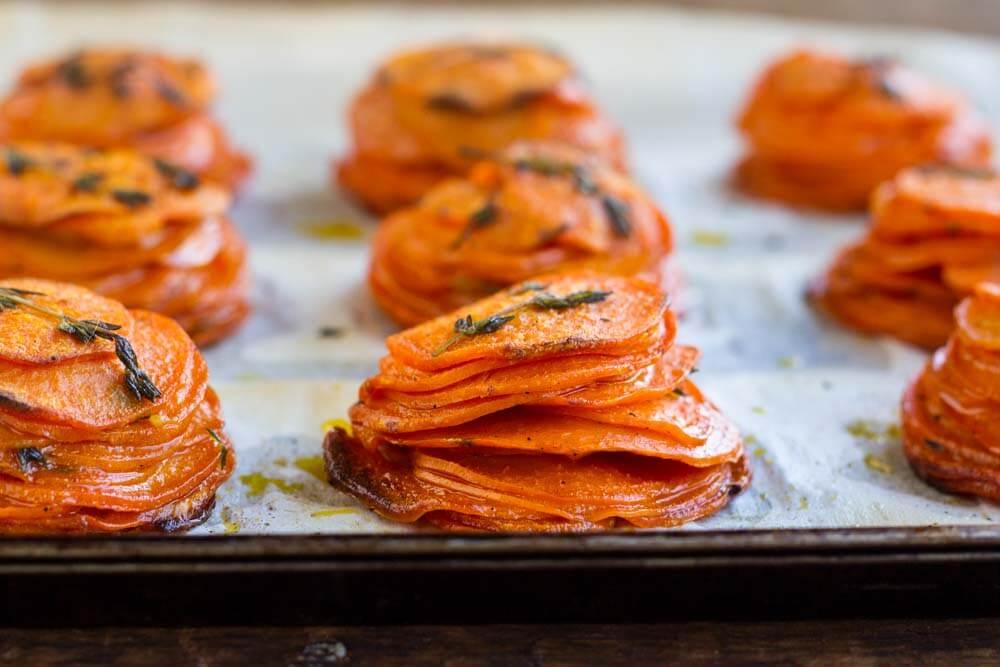 Mini Sweet Potato Pomme Anna \ www.savorylotus.com