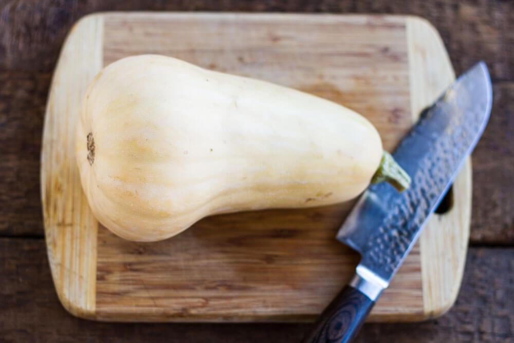 How to Make Butternut Squash Noodles / www.savorylotu.com