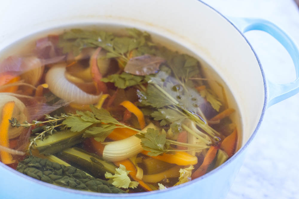 How to Make Vegetable Broth from Kitchen Scrapes --- www.savorylotus.com
