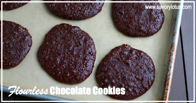 Flourless Chocolate Cookies : savorylotus.com