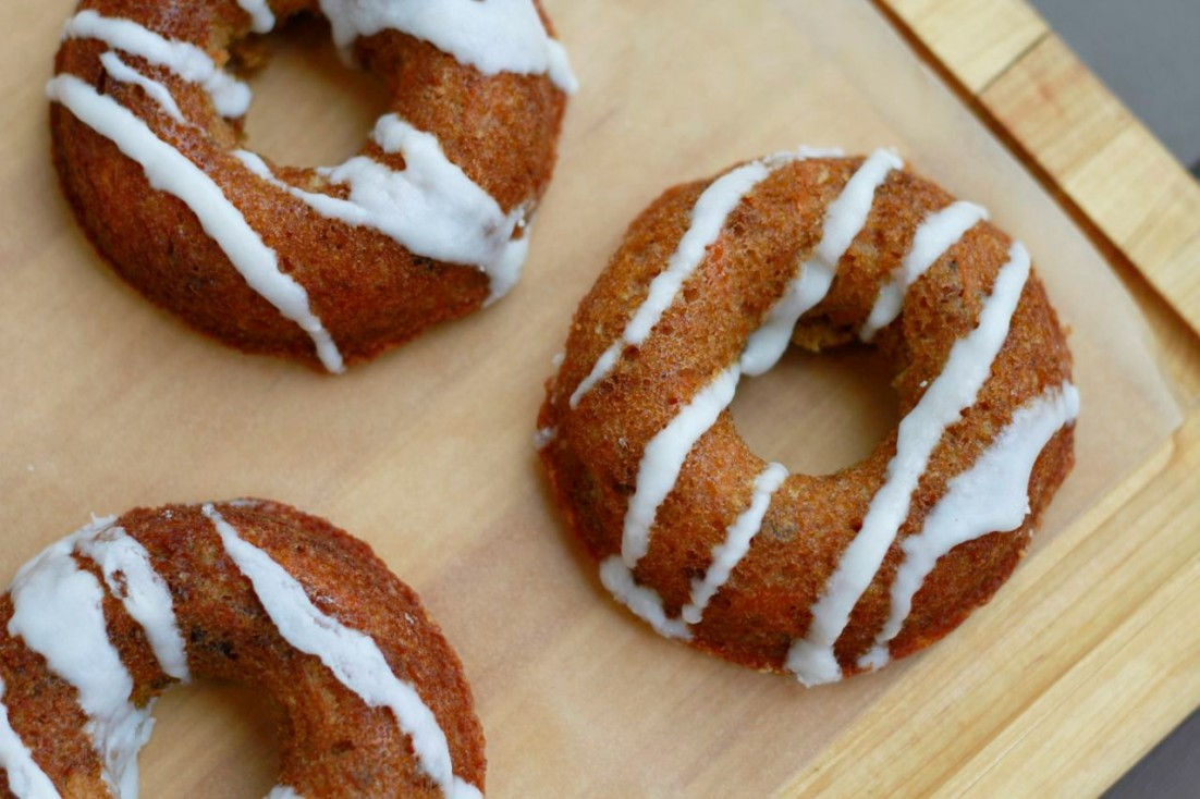 Carrot Cake Donuts (gluten and grain free, paleo) ~~ savorylotus.com