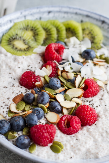 Chia Pudding Breakfast Bowl \\ www.savorylotus.com