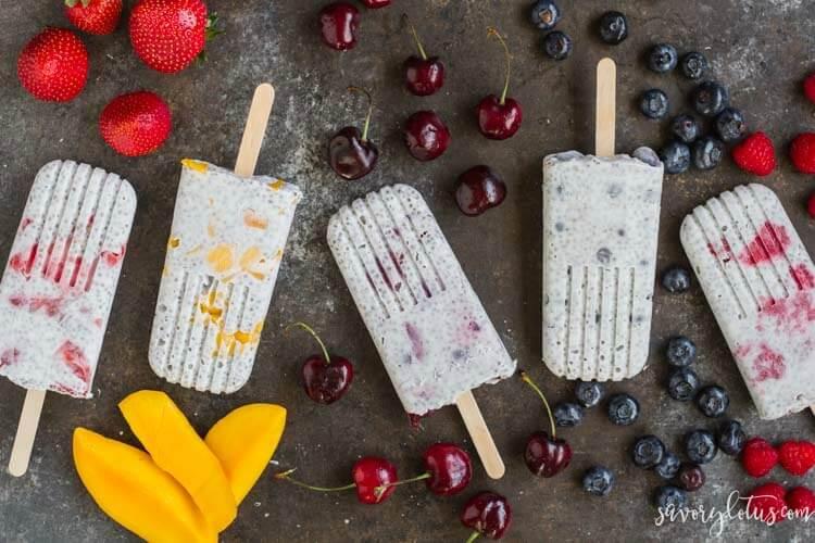 Chia Pudding Popsicles (dairy free) | www.savorylotus.com