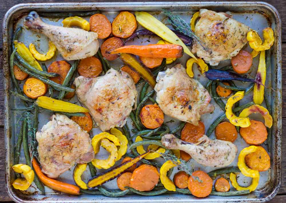 Easy Sheet Pan Chicken with Roasted Vegetables -- www.savorylotus.com