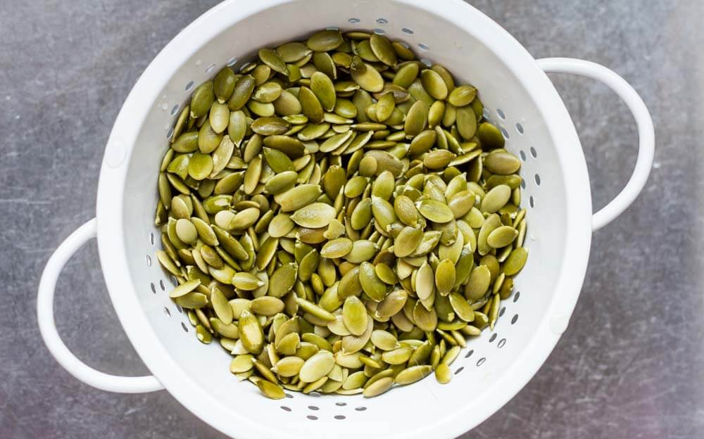 How to Make Pumpkin Seed Milk (dairy free) ~ www.savorylotus.com