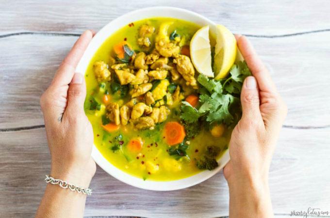 30 Minute Turmeric Chicken Soup | www.savorylotus.com