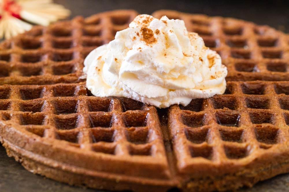 Gingerbread Waffles with Maple Cream (gluten free ...