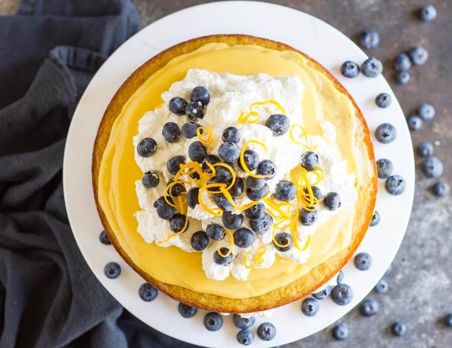 Coconut Flour Lemon Cake (gluten free) \ www.savorylotus.com