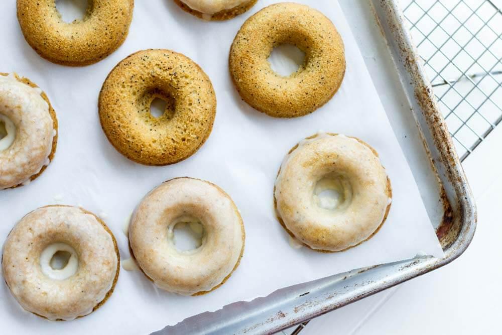 Lemon Poppy Seed Donuts (gluten free, paleo, grain free) | www.savorylotus.com