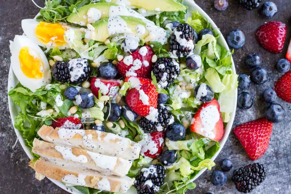 Berry Avocado Chicken Salad with Creamy Poppyseed Dressing \\\\ www.savorylotus.com