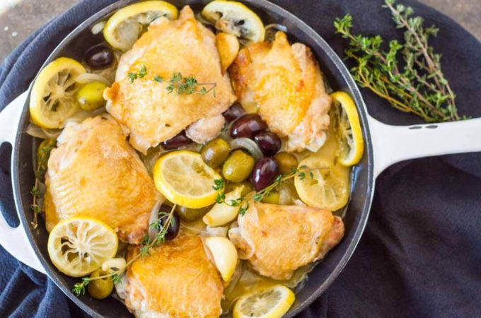 Easy Braised Chicken Thighs with Lemon and Olives | www.savorylotus.com