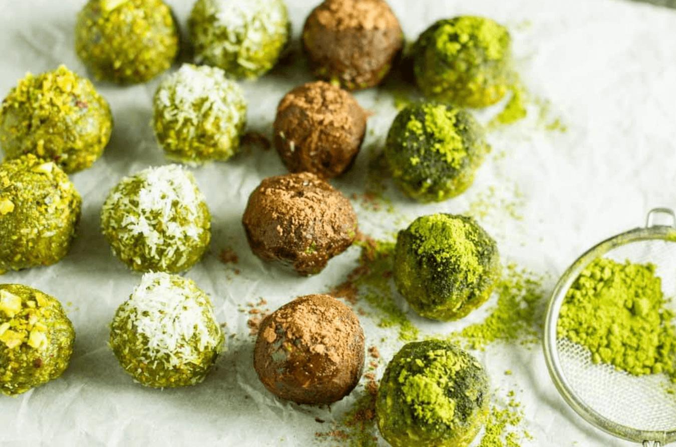 20 Healthy Edible Gift Ideas | no bake matcha energy balls