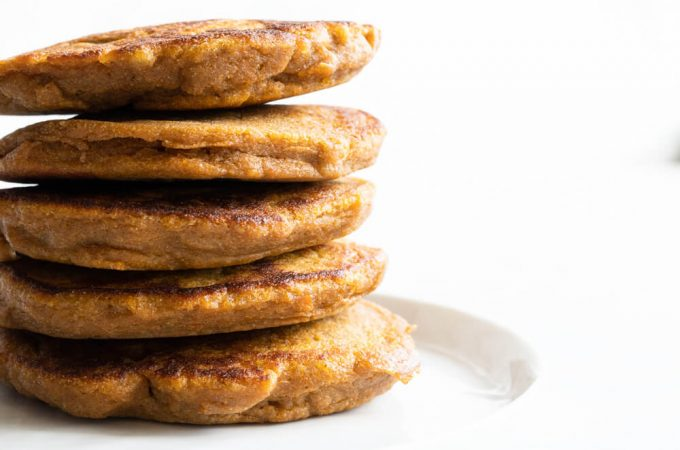 Fluffy Sweet Potato Pancakes (gluten free and paleo) | www.savorylotus.com