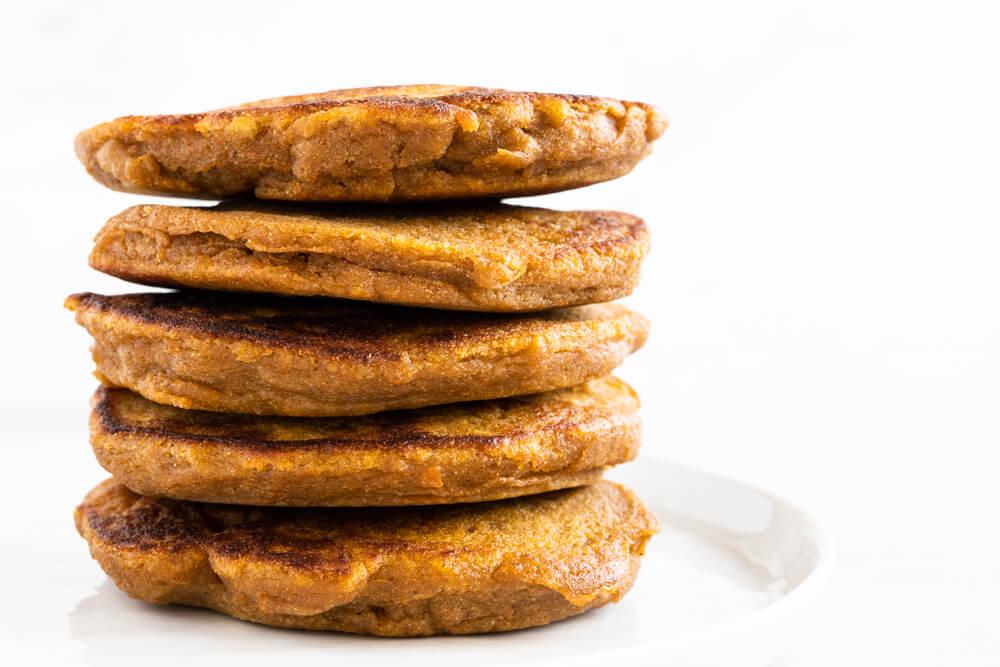 Fluffy Sweet Potato Pancakes (gluten free and paleo) \\ www.savorylotus.com