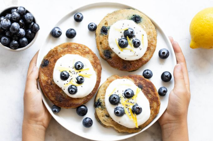 Fluffy Lemon Blueberry Pancakes (gluten free, paleo, and nut free) | www.savorylotus.com